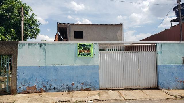 Vendo prédio no condomínio prive