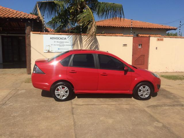 Fiesta sedan Class completo 10/11