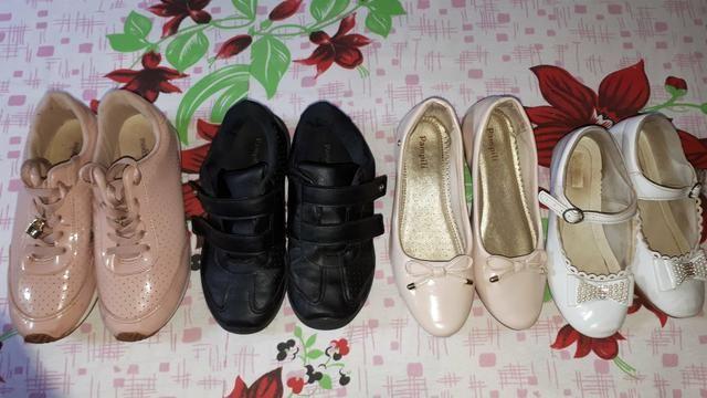Vendo tudo por essa valor sapatos infantil feminino