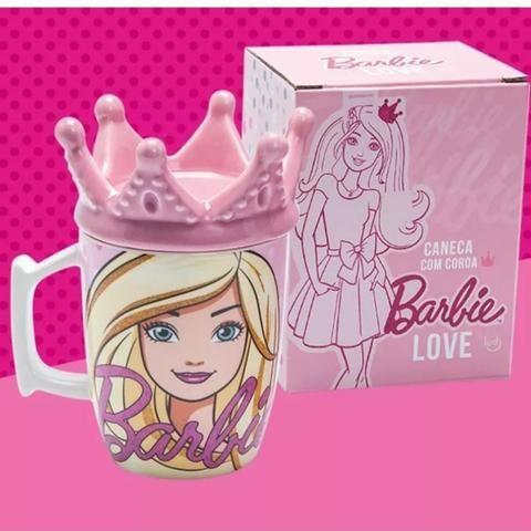 Caneca Barbie com coroa
