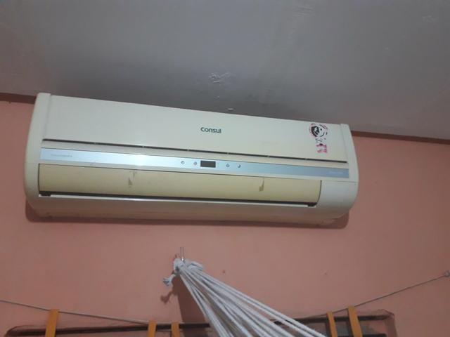 Vende-se um ar condicionado Split 12000 BTUs em perfeita condições