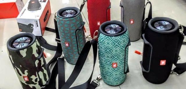 Caixa de Som JBL Xtreme Speaker, com todos os acessórios Com Alça - Foto 5