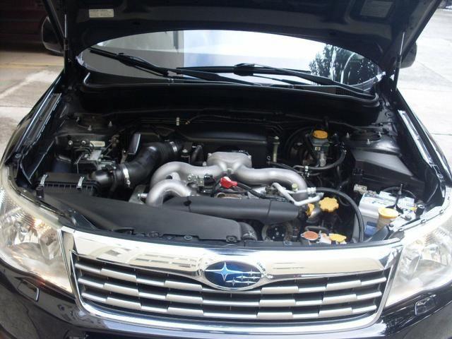 SUV Subaru 2010 - Foto 5