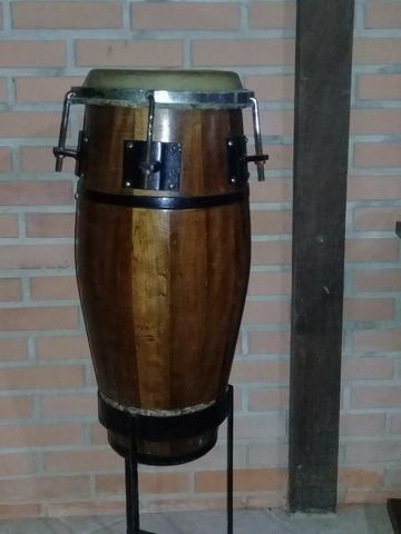 Instrumentos musicais para capoeira