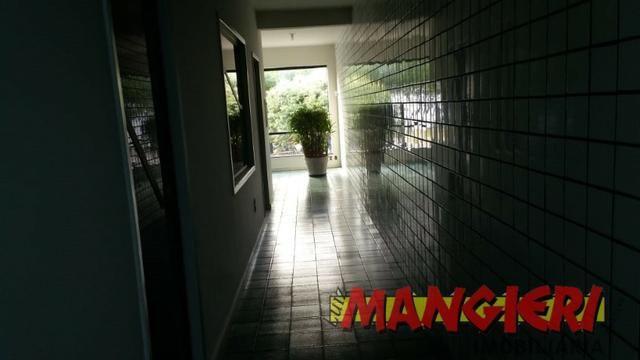 Aluga-se salas em galeria no Bairro São José - Foto 4