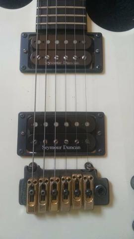 Primeira guitarra Carvin que pisou em solo brasileiro - Foto 2
