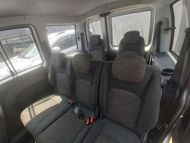 Fiat Doblo Essence 1.8 Prata 2019 r$ 55.200 - Foto 5