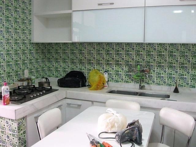 Apartamento impecável na excepcional e tranquilíssima Rua Barão de Jaguaripe !! - Foto 18