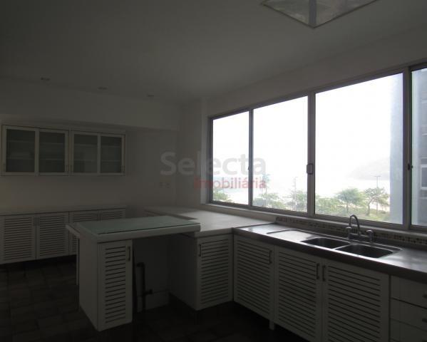 Apartamento de 330 m², lindo, na parte mais nobre e valorizada da Av. Vieira Souto, junto  - Foto 19