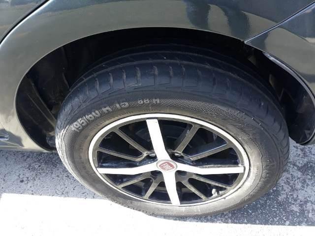 Punto attractive 1.4, flex, completo, rodas, ano 2011, placa a, valor 20.900,00 - Foto 13