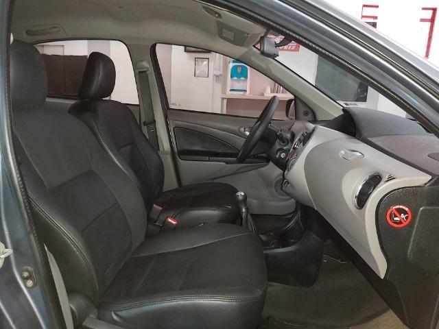 Toyota Etios 1.5 XLS Sedan Completo!!! - Foto 9
