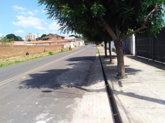 Apartamento novo com 01 suíte, condomínio fechado, próximo ao CEV, Bairro Ilhotas! - Foto 4