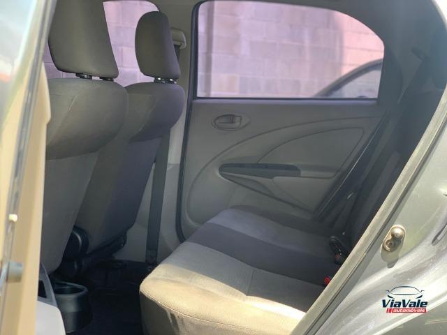 Toyota Etios 2013 1.3 HB XS 16V Flex 4P/ Ar Condicionado/ Completo - Foto 8