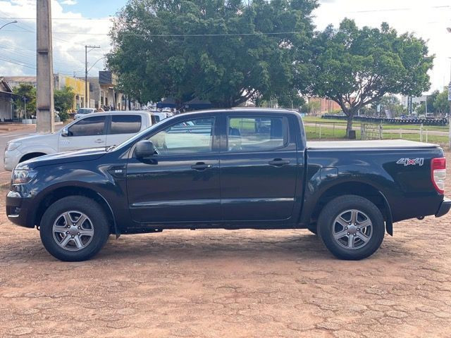 FORD RANGER 2.2 XLS Ano 17/17 - Foto 3