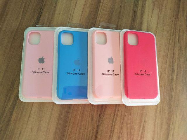 Cases aveludadas iPhone - Foto 6
