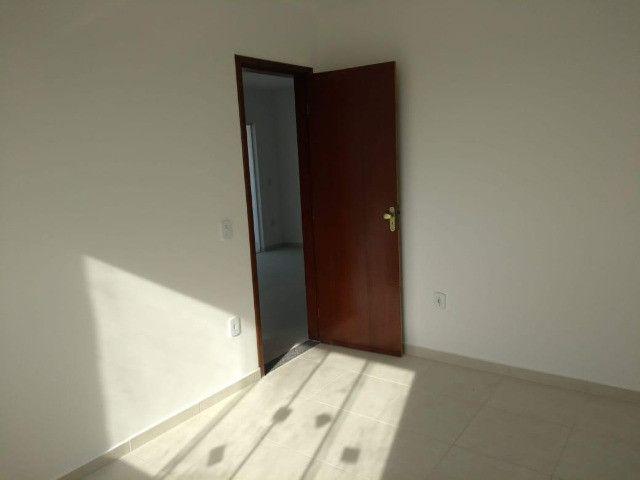 Apartamento à Venda com 2 quartos,sendo 1 suíte, 1 vaga e 72m² por R$ 210.000 - Foto 6