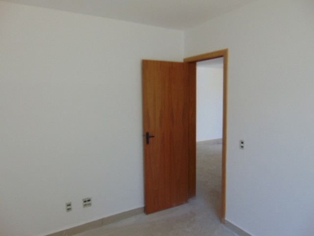 Lindo apto com excelente área privativa de 2 quartos em ótima localização B. Sta Branca. - Foto 8