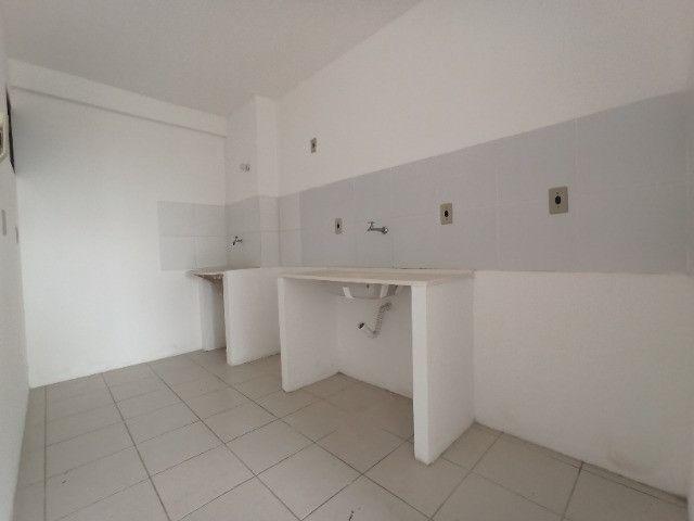 Vendo apartamento 2 quartos no Racine, com vista para o mar de Jacarecica - Foto 4