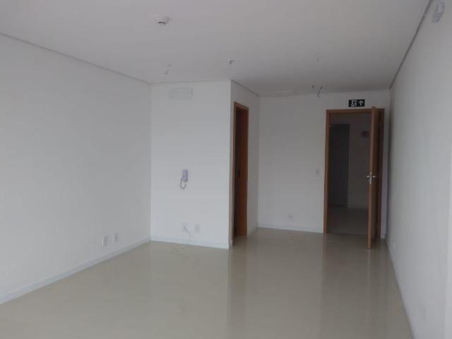 Sala comercial no Centro de Lavras *Garagem Exclusiva! AVCB aprovado! - Foto 9