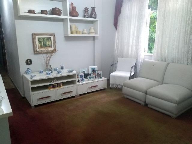 Amplo apartamento no Moneró