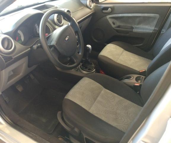 Fiesta sedan 1.0.$18.800 - Foto 7