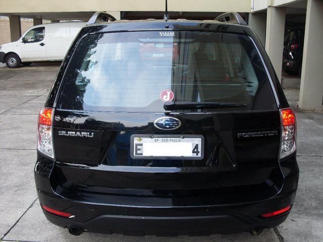 SUV Subaru 2010 - Foto 3