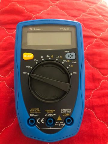 Multímetro digital minipa