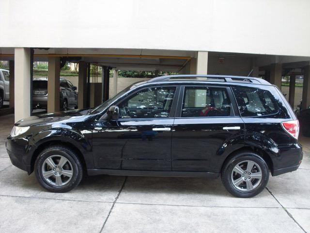 SUV Subaru 2010