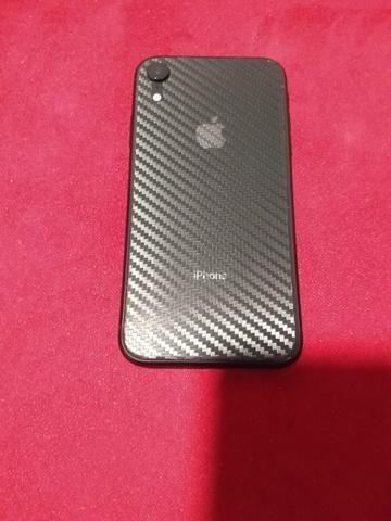 IPhone XR 64 gigas com 2 meses de uso