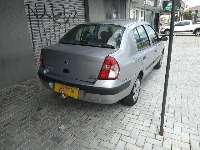 Clio Sedan 1.6 2006 - Foto 6