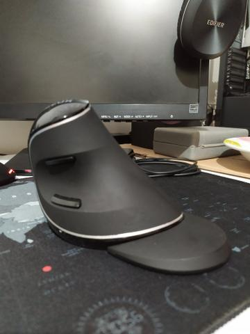 Mouse Sem Fio Vertical Ergonômico Delux M618+ - Foto 3