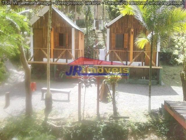 Imóvel Comercial com casa e 03 Chalés - Ref. 265