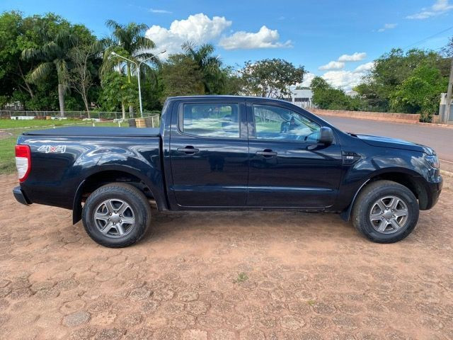 FORD RANGER 2.2 XLS Ano 17/17 - Foto 2