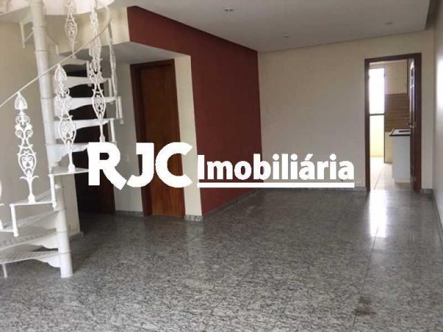 Apartamento à venda com 3 dormitórios em Tijuca, Rio de janeiro cod:MBCO30328