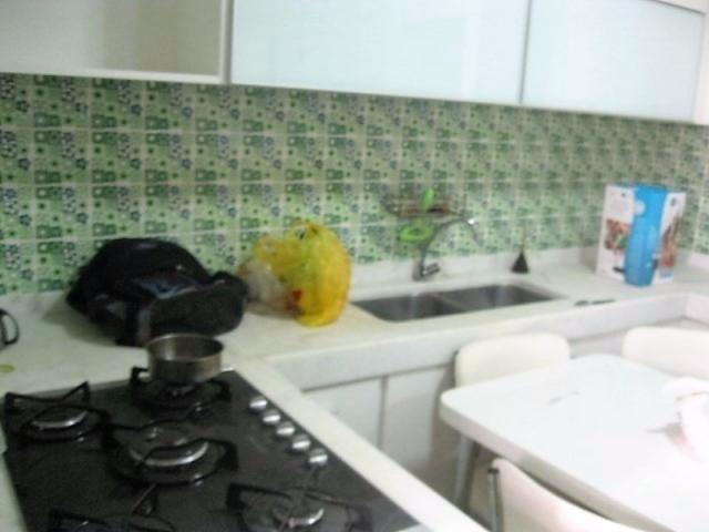 Apartamento impecável na excepcional e tranquilíssima Rua Barão de Jaguaripe !! - Foto 19