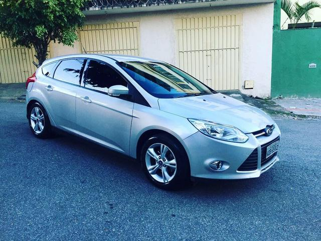 Focus 1.6 Manual carro zero