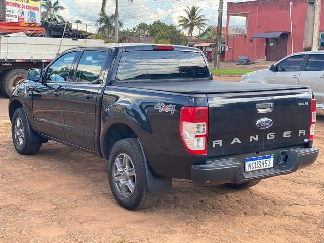 FORD RANGER 2.2 XLS Ano 17/17 - Foto 5