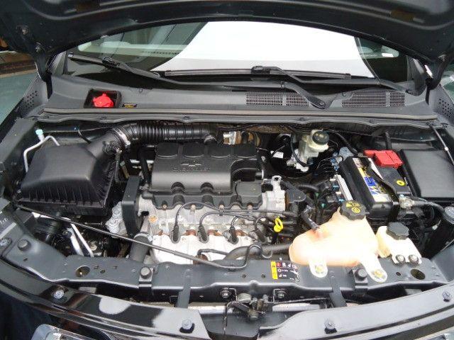 Chevrolet colbalt ltz 1.4 flex 102cv 4p ano 2012 preto - Foto 5