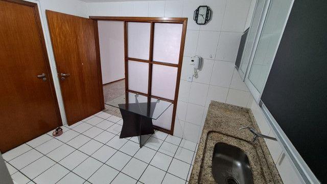 Apartamento de 126m², 3 suítes, 4 quartos, DCE, 3 vagas de garagem, Ponta Verde - Foto 7