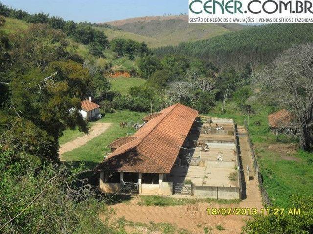 1327/Ótima fazenda de 532 ha com sede centenária em Paraíba do Sul - RJ - Foto 14