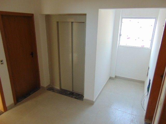 Lindo apto com excelente área privativa de 2 quartos em ótima localização B. Sta Branca. - Foto 17