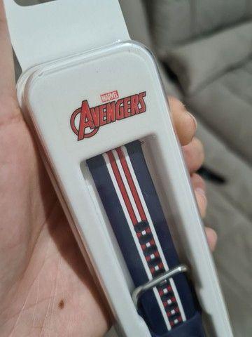 Pulseira original Samsung 20mm Avengers Capitão América  - Foto 3