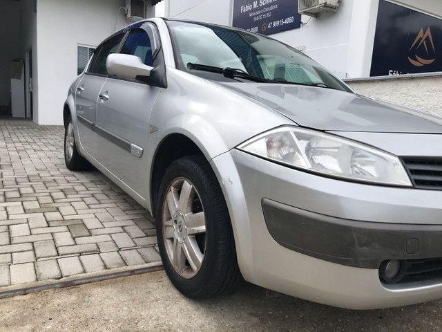 Renault Megane Sedan 2.0 aut.! - Foto 4