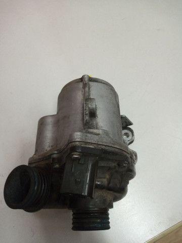 Bomba d'água BMW original.
