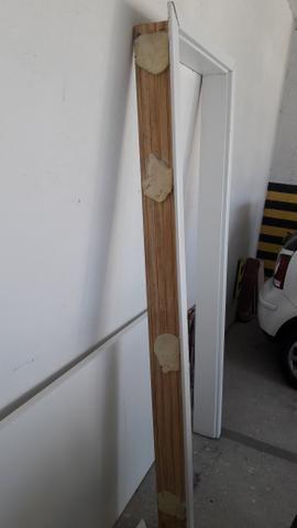 Marco de madeira Sincol