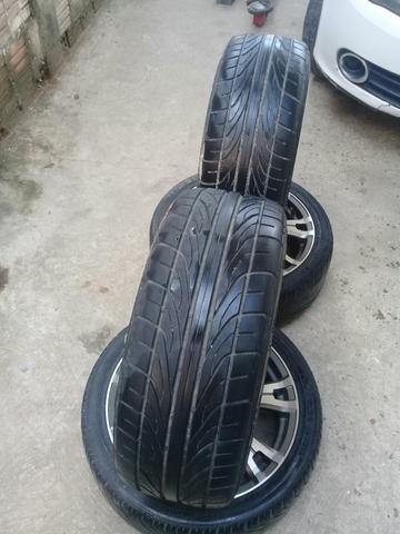 Aro 17/5 furos vai com os pneus
