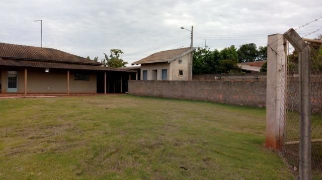 Chácara com área de 2.000m² à 15 km do centro de Ourinhos SP - Foto 11