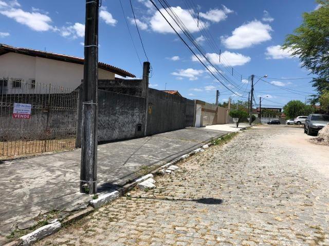 Terreno no Muchila muito perto do centro da cidade - Foto 2