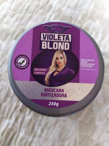 Violeta blond