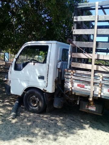 Vendo caminhão k2700 - Foto 2